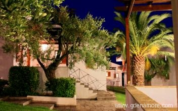 trikorfo-beach-resort-gerakini-sithonia-1