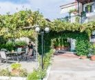 nastasia-apartments-outside-afytos-kassandra-chalk