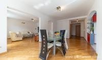 Apartment-for-rent-in-Budva (4)