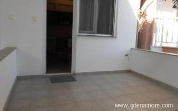 ioannis-apartments-leptokarya-pieria-4-bed-apartme