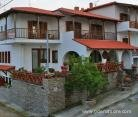 zefyros-pension-ammouliani-athos-1