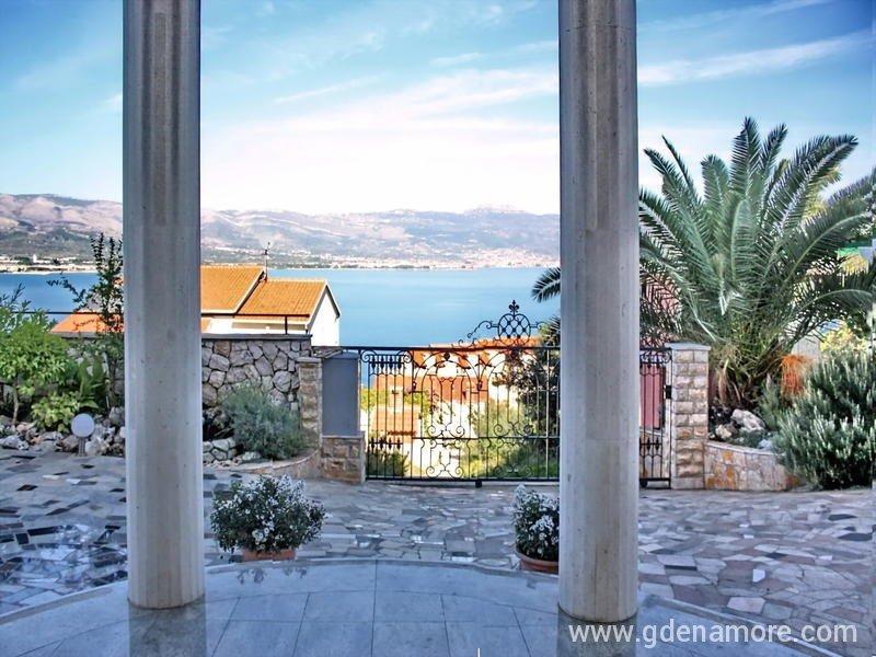Private accommodation APARTMENTS VILLA GLORIA in place Trogir ...